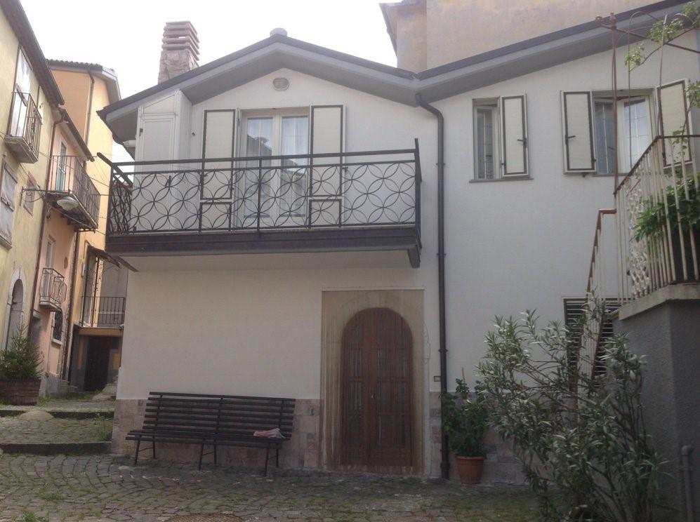 Santa Maria Del Bagno Pesche.Immobiliare Vendita Appartamenti Case Isernia